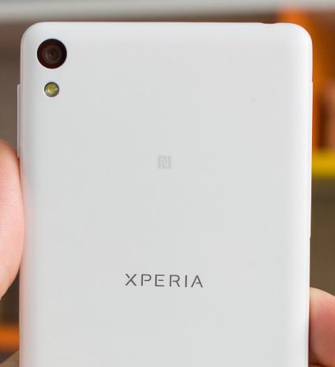 هاتف Sony Xperia E5 معلومات وصور